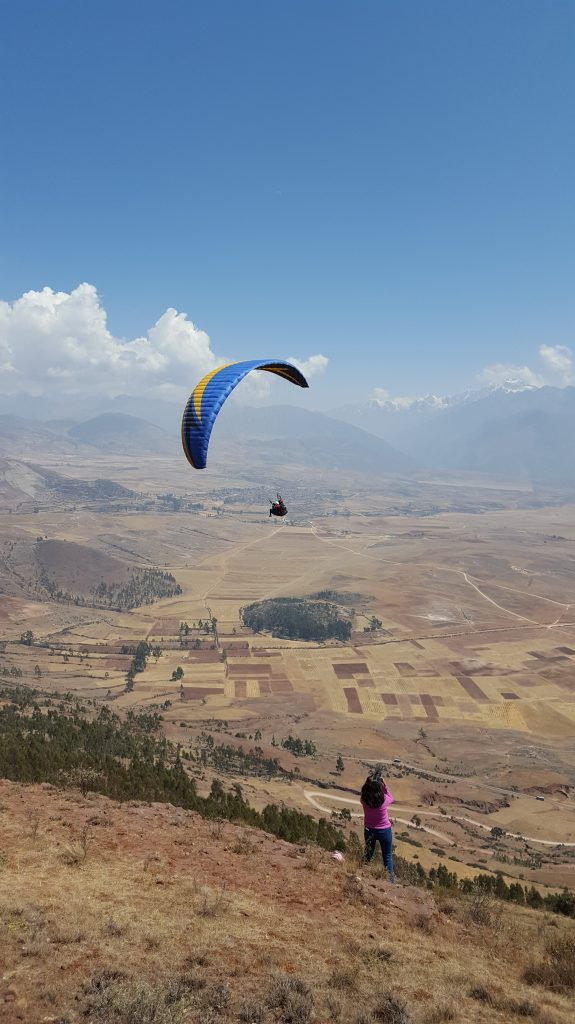 paragliding in cusco perú